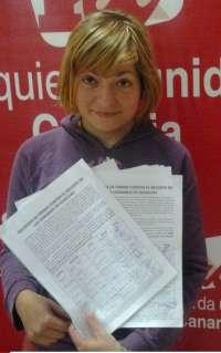 IU en Las Palmas de Gran Canaria recoge firmas para parar el