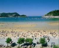 El plazo para optar a los toldos de San Sebastián que quedaron vacantes en la última temporada de playas finaliza el 19