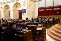 Parlamento pide que Gobierno tenga en cuenta el endeudamiento acumulado para fijar el déficit individualizado a las ccaa