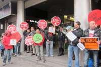 Stop Desahucios Bizkaia realizará su próximo 'escrache' ante el Parlamento vasco y los extenderá a Kutxabank