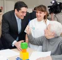Sanidad y Asuntos Sociales ha mantenido más de 150 encuentros con colectivos y asociaciones de la dependencia