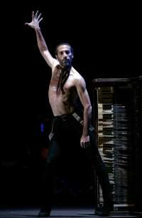 Israel Galván presenta este sábado en el Teatro Maestranza su espectáculo 'Lo Real-Le Réel-The Real'