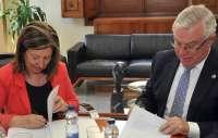 Cobacho y Palacios firman un acuerdo de colaboración para fomentar la investigación