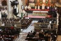 Más de 5.000 personas asisten en la Catedral a la misa de beatificación del Padre Cristóbal de Santa Catalina