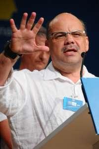 CC, preocupada por la ausencia de respuesta del Estado a la propuesta de Canarias sobre la actualización del REF