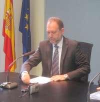 Murcia dice que previsiblemente las oposiciones serán el 22 de junio y pide prudencia al consejero de Educación de C-LM