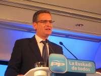 Basagoiti afirma que el PP no puede apoyar los Presupuestos después de que Urkullu plantee
