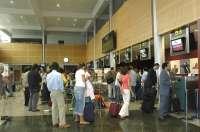 El PRC cree que la caída de pasajeros demuestra que Parayas va al