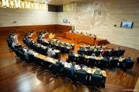 La Asamblea instará a Monago a devolver a los pensionistas el dinero adelantado por los medicamentos