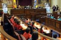 Alumnos de Primaria ejercerán de diputados en el Parlamento de Canarias