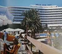 Un libro recoge la historia de la Costa del Sol, un destino turístico de leyendas y realidades