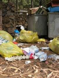 El Cabildo de Tenerife forma a una veintena de vigilantes sobre recogida de residuos en áreas recreativas