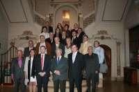 Martínez presenta a dirigentes de 23 centros asturianos sudamericanos el nuevo plan de emigración
