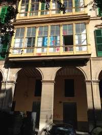 El PP condena los actos vandálicos contra su sede de Palma protagonizados por la organización Arran