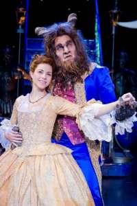 El musical 'La Bella y la Bestia' se estrenará este viernes en el teatro de la Laboral