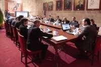 Govern pide al Gobierno que reconozca el hecho insular en el reparto de fondos europeos y la mejora de la financiación