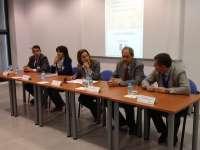 Medio centenar de personas asisten en Almaraz (Cáceres) a un curso sobre prevención y seguridad nuclear