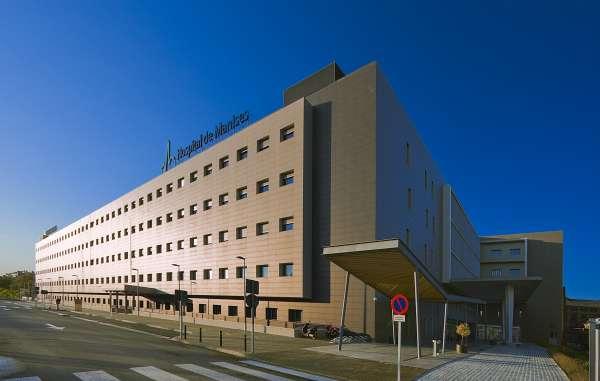 El Hospital de Manises pone en marcha talleres de estética oncológica para mejorar la autoestima de los pacientes