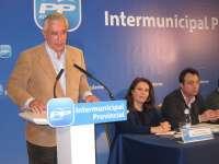 Arenas dice que Rajoy apuesta por sacar al sector minero del