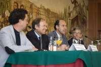 García Escudero afirma que la reforma de la Ley de Costas aplica