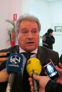 Rus afirma que ser presidente del Valencia CF ahora es