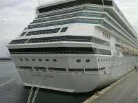 Cinco cruceros con 7.000 personas a bordo hacen escala este viernes en el puerto