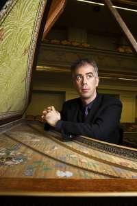 El Auditorio de León acoge el viernes un concierto del clavecinista francés Pierre Hantaï