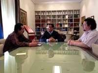 Caraballo muestra su apoyo a los trabajadores del Hotel Oasis y se ofrece a mediar ante la cadena Astur