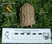 TEDAX de Murcia desactivan una granada de mano hallada en Chinchilla de Montearagón (Albacete)