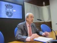 Reinares dice que Ayuntamiento y Principado decidirán sobre la parcela de La Vega aunque no tengan su propiedad