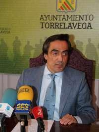 El alcalde de Torrelavega denuncia a los autores del escrache en su domicilio