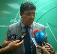 Valderas espera que el Gobierno fije el déficit para Andalucía