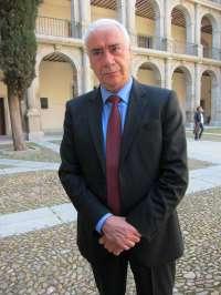 Alonso destaca que Caballero Bonald