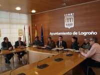 El Ayuntamiento destinará 23.457 euros a cinco entidades deportivas para programar cursos este verano con 918 plazas