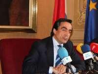 Calderón dice que la decisión judicial da
