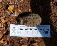 La Guardia Civil neutraliza una granada de la Guerra Civil española hallada en Villarrobledo (Albacete)