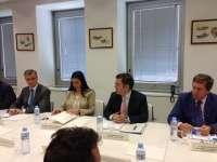 Gobierno se compromete a elevar a la UE las modificaciones necesarias para favorecer la pesca del atún rojo en Canarias