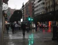 La lluvia obliga a cerrar al tráfico marítimo el puerto de Valencia