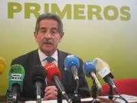 Revilla niega que vaya a presentarse a las elecciones europeas y confirma que se presentará de nuevo a las autonómicas