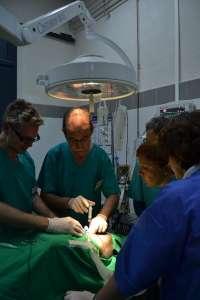 Una veintena de médicos de Urgencias recibe entrenamiento en Córdoba para situaciones de emergencias sanitarias
