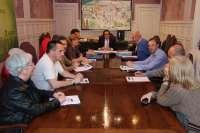 El alcalde presenta nuevas ayudas por 128.000 euros para el comercio y hostelería de La Inmobiliaria