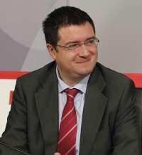 López critica subidas de impuestos