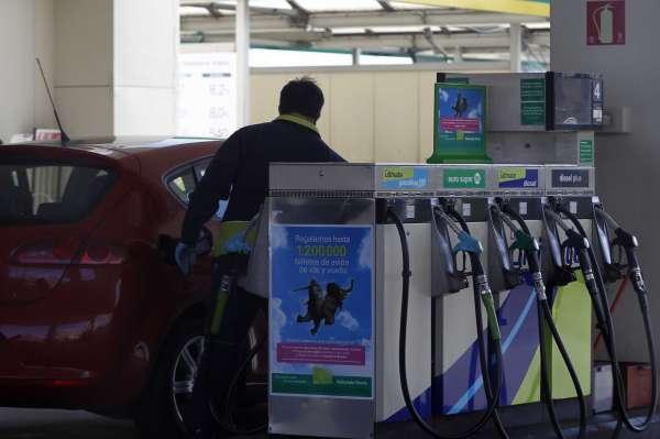 El consumo de gasoil y gasolina desciende un 40% en los dos últimos años en las 104 gasolineras de la provincia