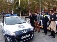 El Ayuntamiento renueva cuatro coches de patrulla de la Policía Local y modifica su imagen para mejorar su visibilidad