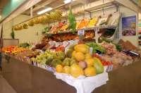 El precio de los productos frescos en Canarias se multiplica por 2,9 en abril