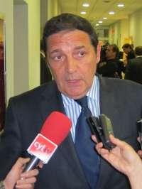 Sáez Aguado comparecerá en las Cortes para explicar las listas de espera y considera
