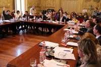 El Pleno aprueba el presupuesto con la abstención del PSOE