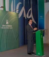 Rodríguez destaca la racionalización económica y la colaboración público-privada en el primer año en Consejería