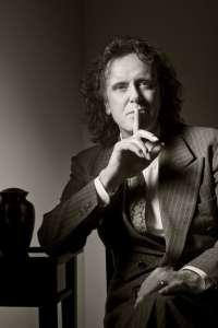 La leyenda del folk y la psicodelia Donovan traerá sus clásicos a la Sala Capitol de Santiago el 17 de mayo