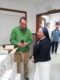 Comedores sociales en Cáceres y Badajoz reciben aceite ecológico de la Sociedad Cooperativa 'La Milagrosa'